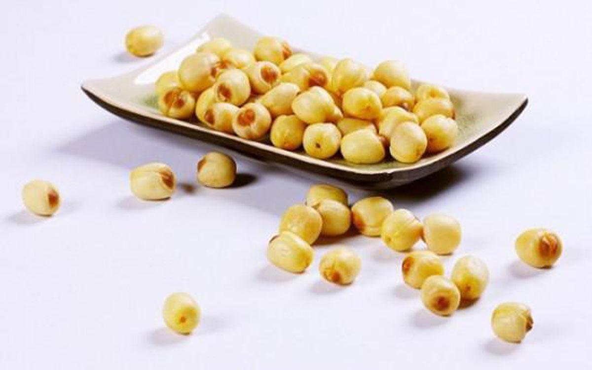 """Những lợi ích """"vàng"""" của hạt sen"""